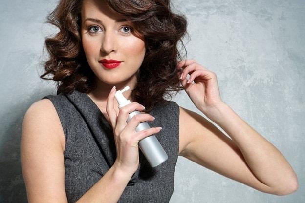 Photo of إليك طريقة تحضير سبراي حماية الشعر من الحرارة
