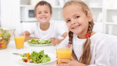 مشروبات طبيعية تساعد على التركيز والتحصيل الجيد للأطفال
