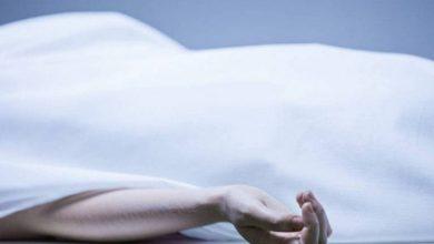 شاب يقوم بتعذيب والدته حتى الموت مع زوجته