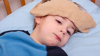 الحمى الشوكية عند الأطفال .