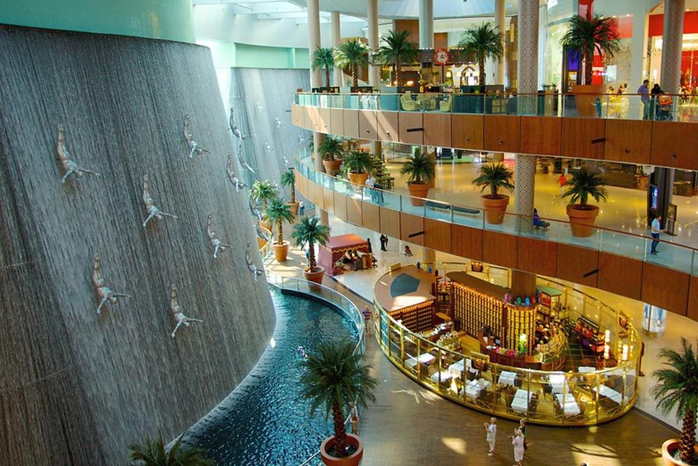 أكبر مولات دبي