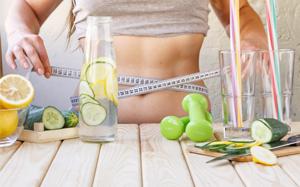 المشروبات التي تساعدك على تخفيف الوزن
