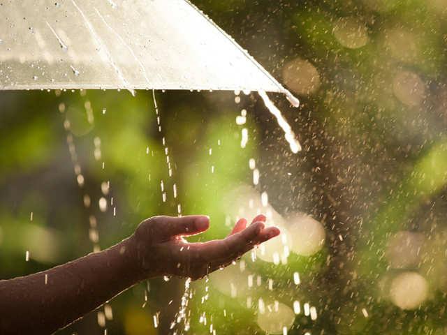 تفسير المطر في الحلم , معنى المطر في المنام