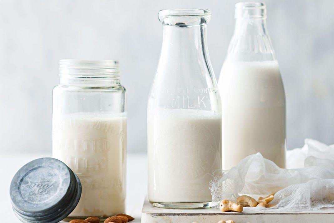 فوائد الحليب على السحور والإفطار